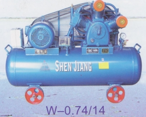活塞式压缩机W-0.74/14