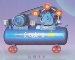 活塞式压缩机W-1.35/8